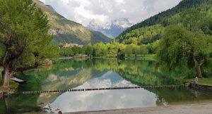 Le Lac naturel du Lauzet