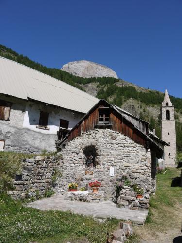 Lavercq